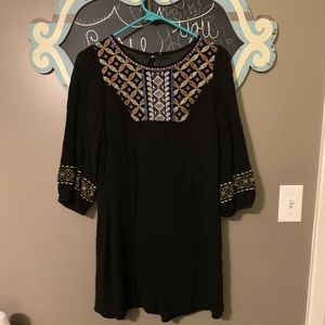 Dresses - Black Aztec print dress!